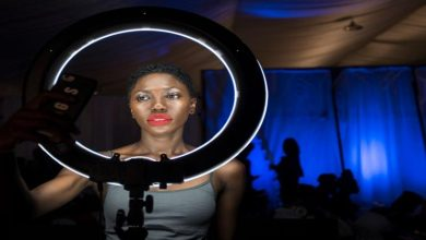 Photo of The benefits of using a selfie light for a video conference